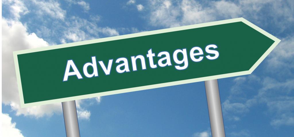Advantage Sign Post